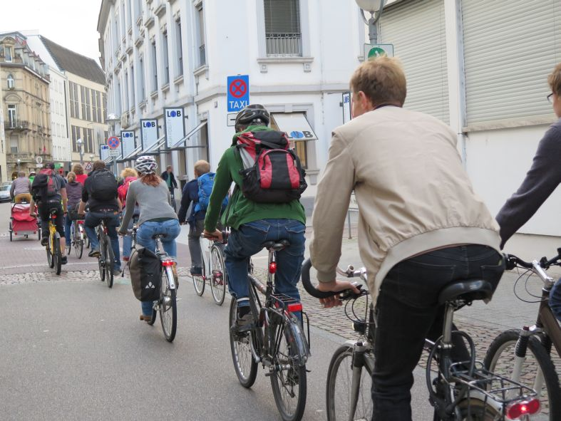 Critical Mass Bild